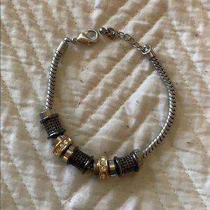 Premier design bracelet